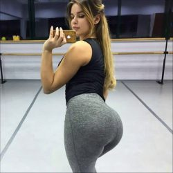 white booty milfs repost ilovethebooty_leggings and booty shaken