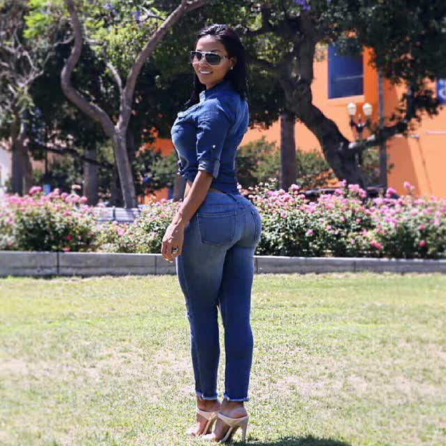 big black women picture photos repost ilovethebooty_leggings and weight training glutes