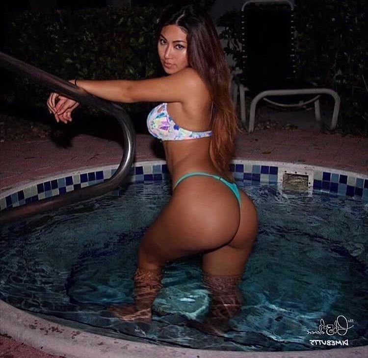 nude assistant repost dimebutts__ and female celeb naked pics