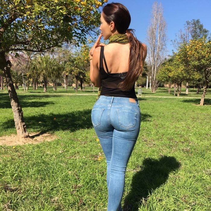 mom huge ass repost neivamara and pictureyass photo
