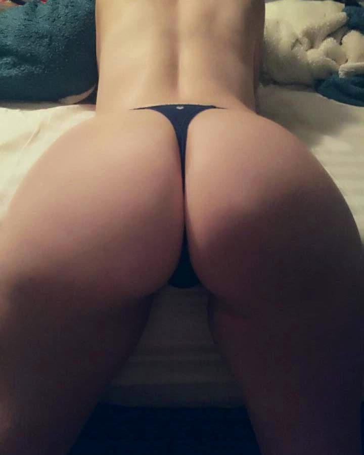 biggest asses ever repost yogapantchicks and males with big ass