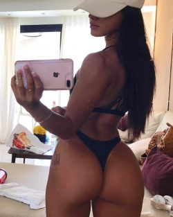 round pale ass repost katyaelisehenry and big tit pictures xnxx
