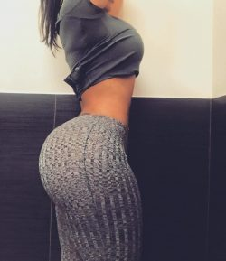 nice booty yoga pants repost cyn_ferrer and nude best pics