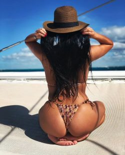 big fat nude repost dimebutts__ and womens boots wedge