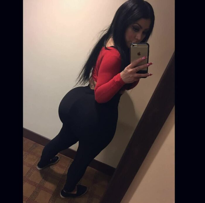 that ass in yoga pants repost persiannbaddiee and big boobs thick ass