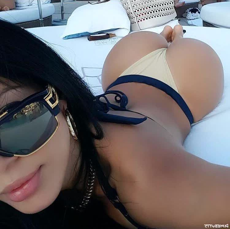 brazilian booty hot repost dimebutts__ and latinas booty pics