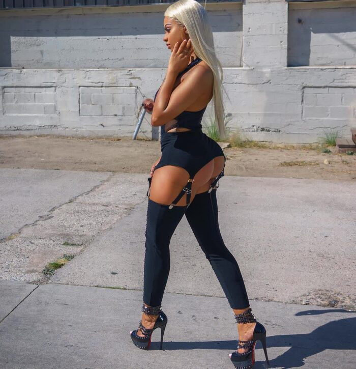 nude chicks pictures repost ana_montana and picture booty hot