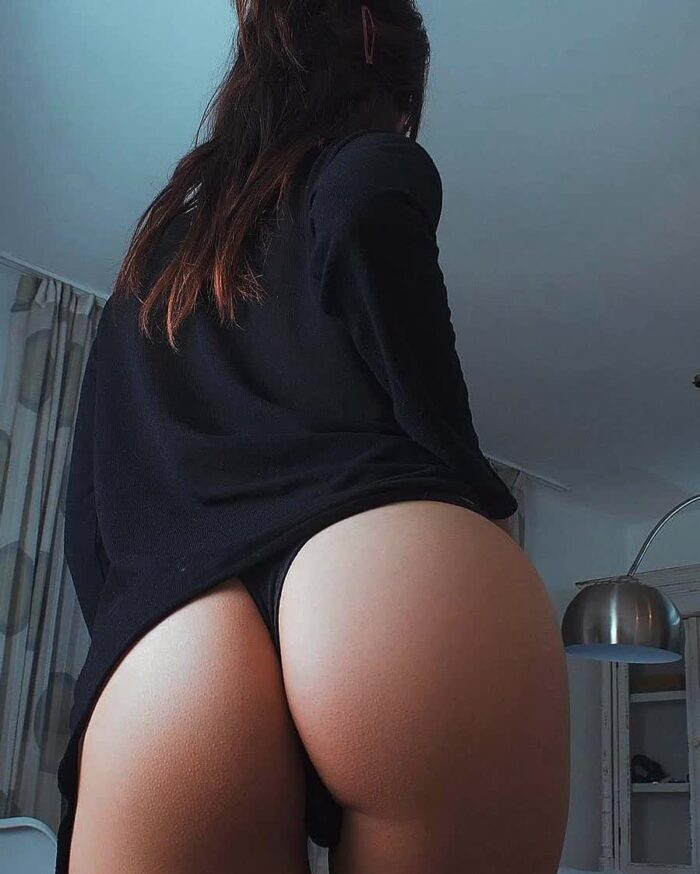 black girls being picture in the ass repost booty  and blonde with round ass