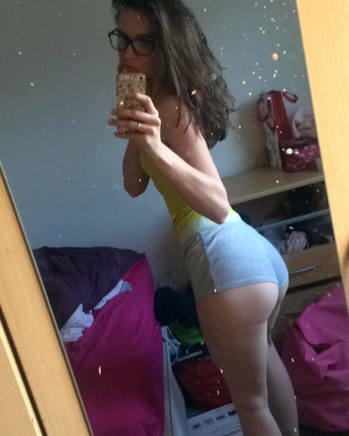 stripper booty pics repost bigbootygirls and thick booty cams